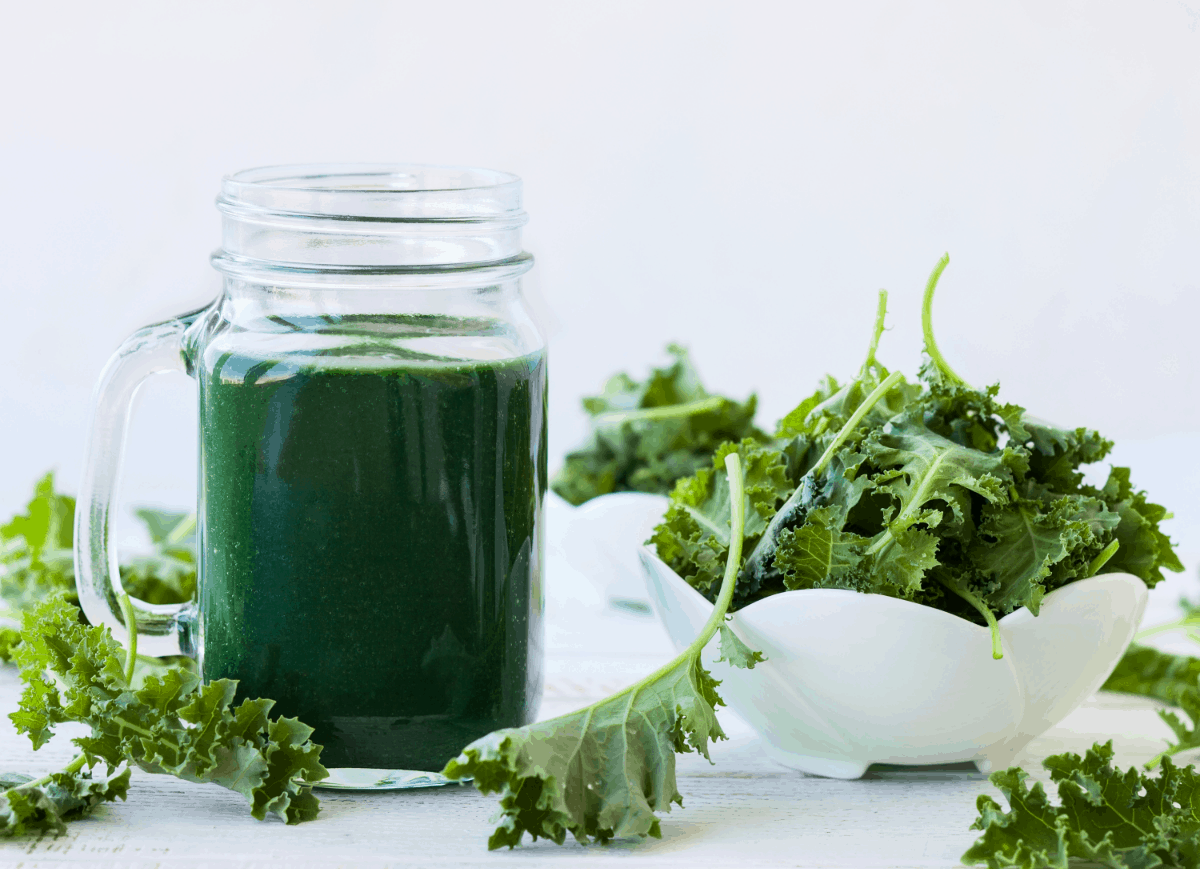Iron in Kale vs.Spinach. A Nutritional Value Comparison