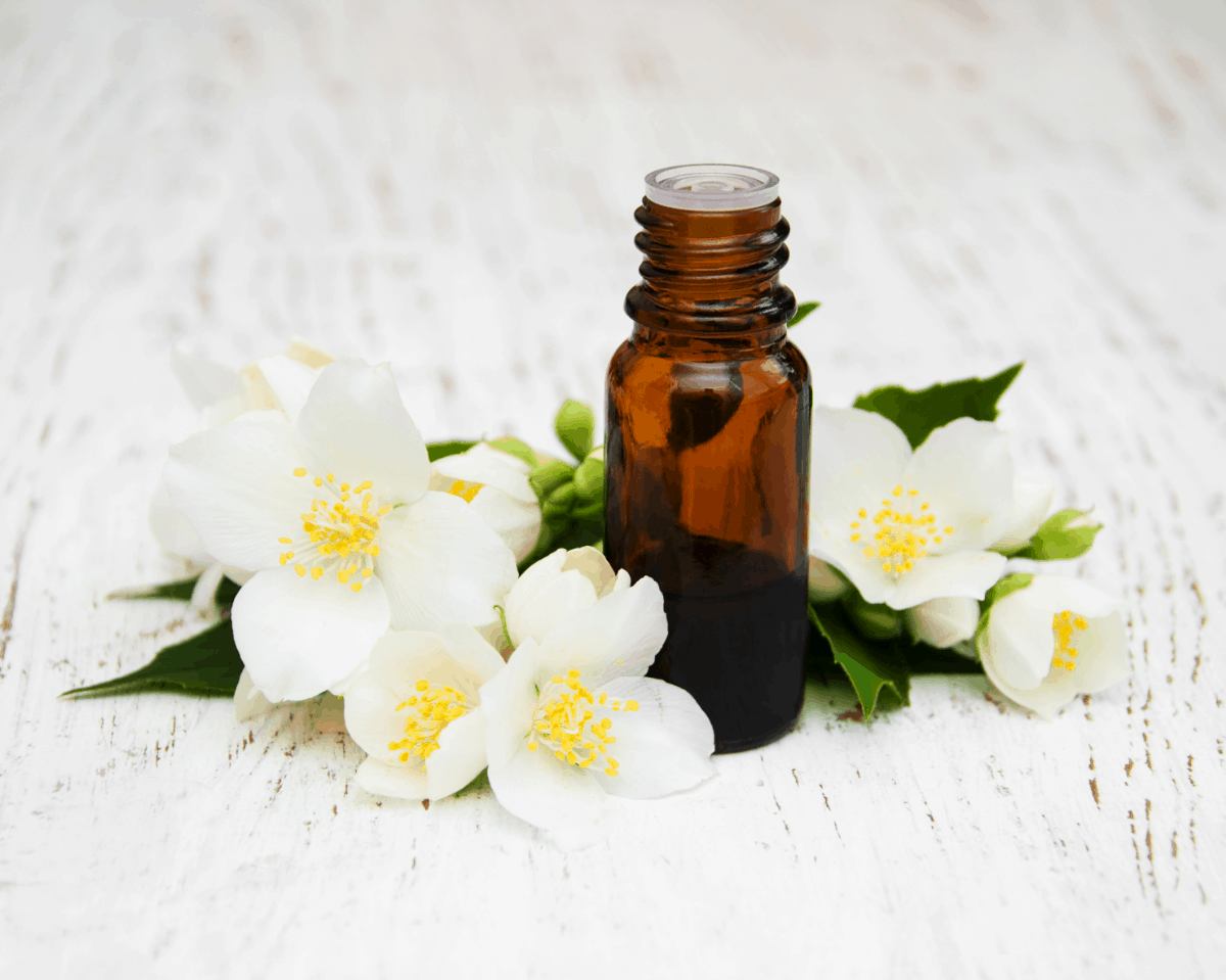 Essential Oils Suitable For Sunburns And How To Use Them