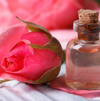 How To Make Rose Water Easily