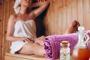 Epsom Salts and Vinegar Bath for Body Detox