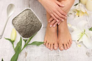 How to Use Bentonite Clay on Feet